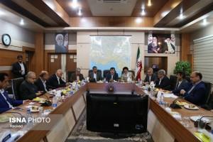 دستورالعملهای مشکلساز در مجلس رد میشود/سفرای ایران با ادبیات اقتصادی بیگانهاند